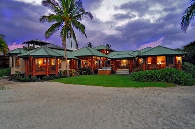 traditional hawaiian home
