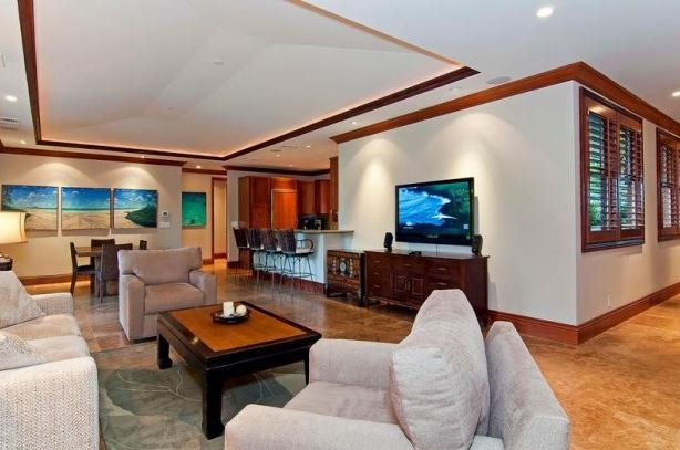 oahu home living room