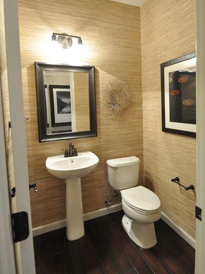 grasscloth wallpaper in bathroom