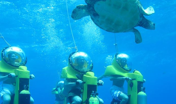 hawaii underwater submarine ride