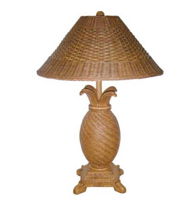 wicker pineapple lamp