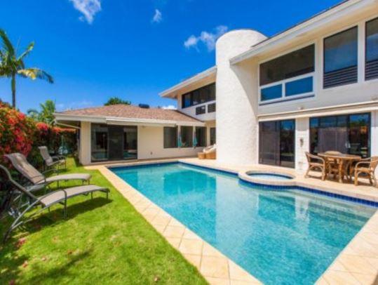 large hawaii vacation rental